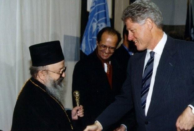 Чувени сусрет Клинтона и Артемија пар месеци након бомбардовања Србије '99